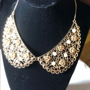 Gold Rose and Pearl Collar Necklace